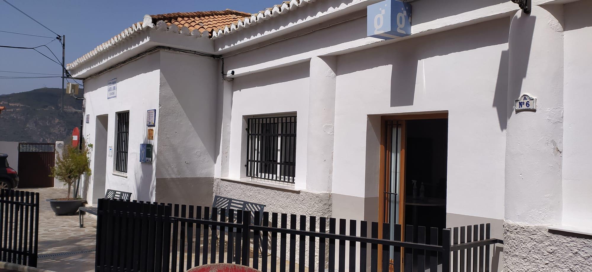 Imagen del aula del Centro que la Red Guadalinfo tiene en Lentegí